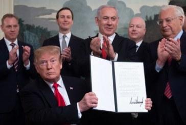 Trump signe un décret reconnaissant la souveraineté d'Israël sur le plateau du Golan