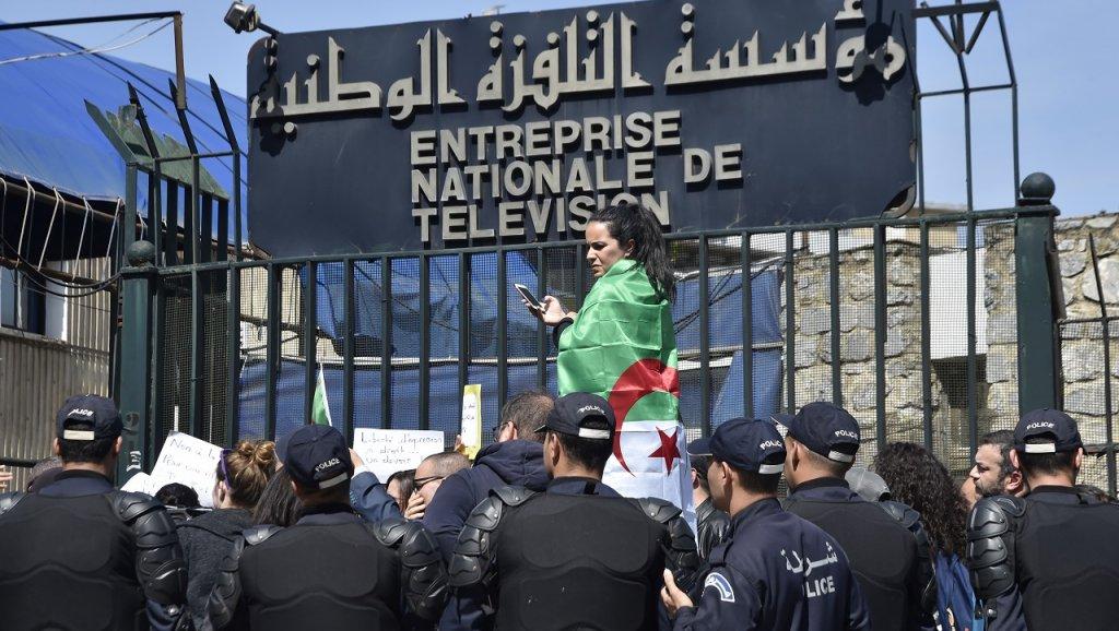 ENTV: Limogeage du Directeur Général Tewfik Khelladi