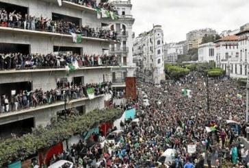 Algérie : rejet massif du plan Bouteflika