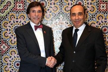 Un ancien Premier ministre belge salue l'approche marocaine en matière de lutte contre le terrorisme