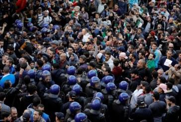 Algérie : l'offre de Bouteflika n'a pas réussi à apaiser la colère