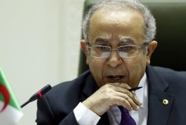 Le vice-premier ministre algérien déclare que la transition fera de l'Algérie « une démocratie à l'égal des grandes démocraties du monde »