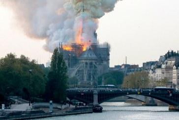[VIDÉO] La cathédrale Notre-Dame de Paris en flammes