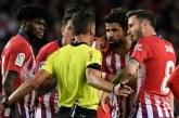Diego Costa suspendu huit matches pour insultes et mauvais geste envers un arbitre