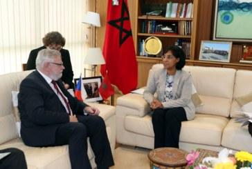 """L'initiative marocaine d'autonomie représente une solution """"durable"""" au conflit autour du Sahara"""