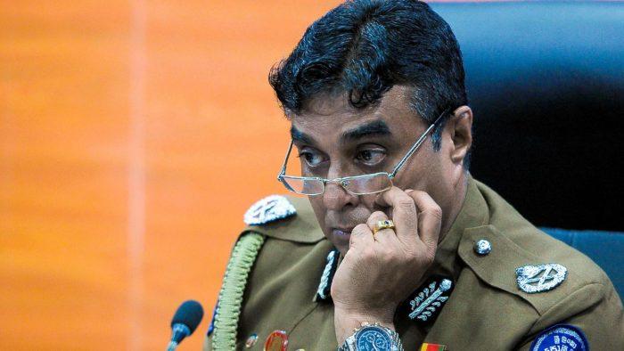 Attentats au Sri Lanka: le chef de la police démissionne