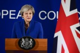 Theresa May compte demander à l'UE un nouveau report du Brexit