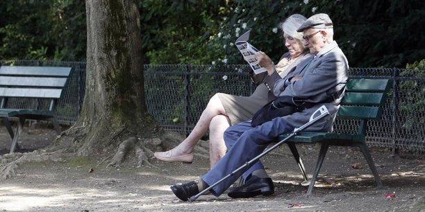 France : le patronat propose de relever à 64 ans l'âge légal de départ à la retraite