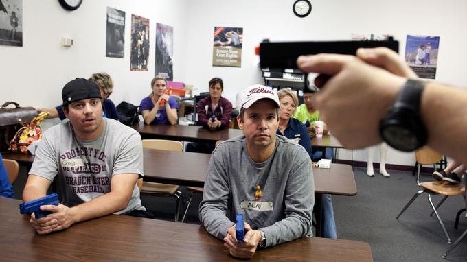Les professeurs de Floride pourront être armés en classe — États-Unis