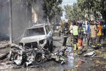 Attentat à la voiture piégée à Mogadiscio: 2 morts et 12 blessés
