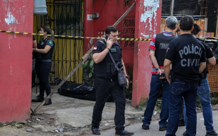Onze morts lors d'une fusillade dans un bar au Brésil