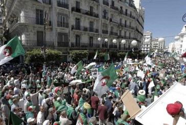 """Algérie: le Conseil constitutionnel juge la présidentielle """"impossible"""" à organiser le 4 juillet"""