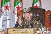 Algérie: le patron de l'armée rejette encore la transition réclamée par la contestation