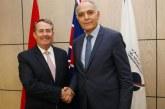 Mezouar s'entretient avec le Ministre britannique du commerce international