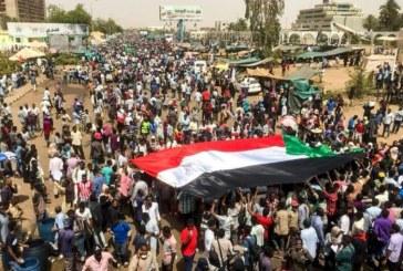 Soudan: le Conseil militaire appelle à des élections dans neuf mois