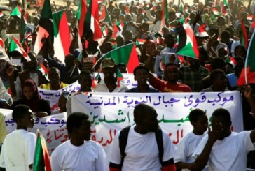 Manifestations au Soudan : cinq personnes tuées dans la dispersion du sit-in