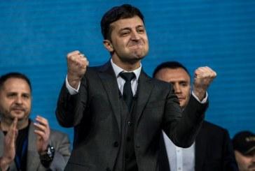 Ukraine: Volodymyr Zelensky en tête des législatives anticipées