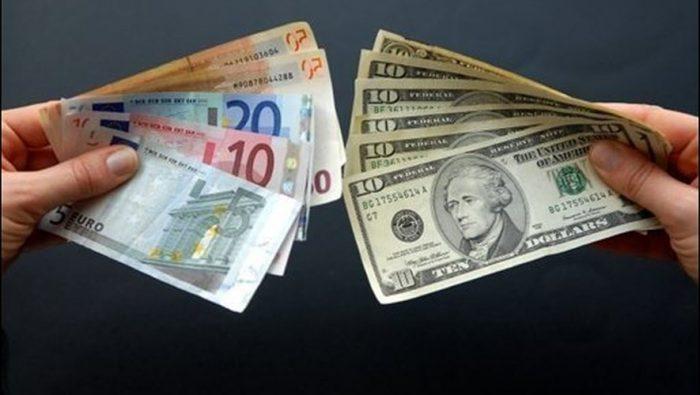 Le dollar recule face à l'euro, dans un marché inquiet