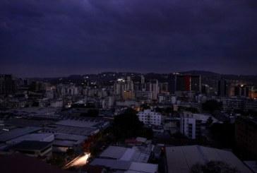 La principale raffinerie du Venezuela touchée par une panne électrique