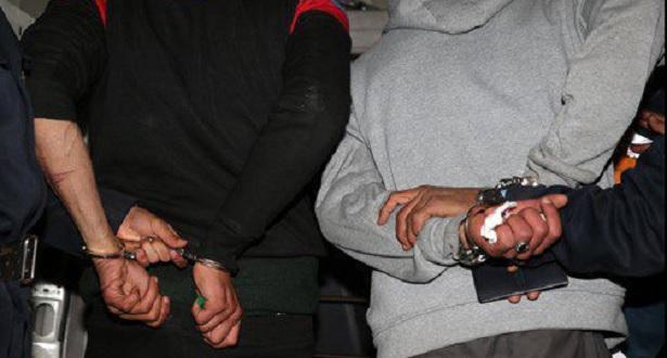 Meknès: Arrestation de deux suspects pour agression d'usagers de la route nationale N°4