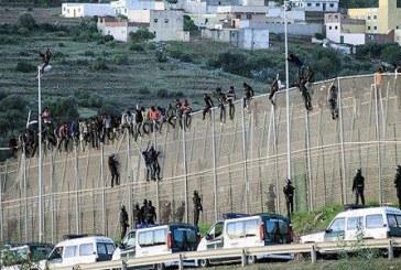 Mise en échec d'une tentative d'accès d'environ 400 clandestins subsahariens à Sebta