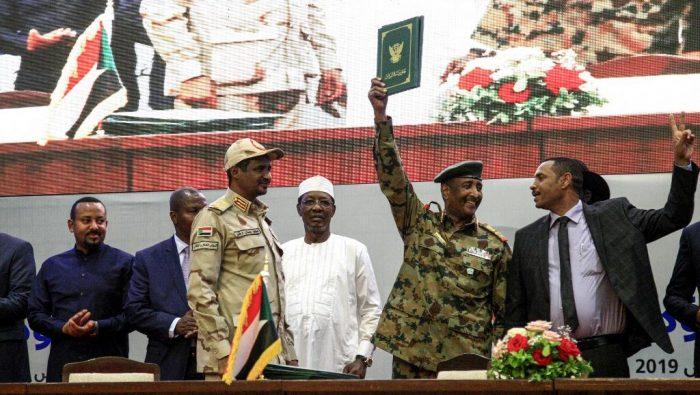 Soudan: accord transitoire entre le conseil militaire et le mouvement de protestation