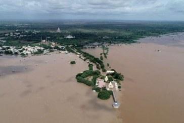 Mousson en Inde: Plus de 140 morts et des centaines de milliers d'évacués