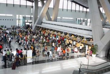 """Une Américaine accusée d'avoir dissimulé """"un bébé dans un sac"""" à l'aéroport de Manille"""