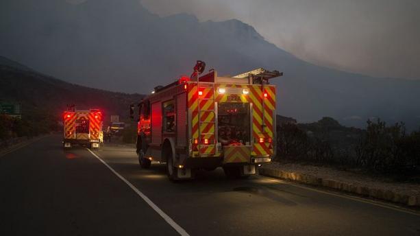 Afrique du Sud: Quatre morts dans trois incendies au Cap