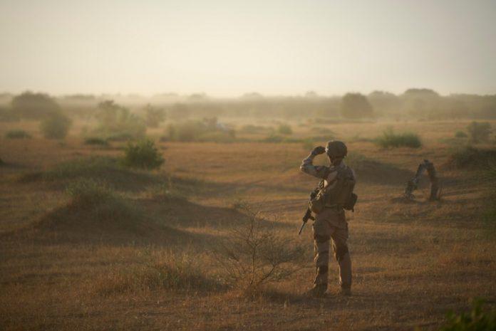 Décès d'un légionnaire de la force française Barkhane blessé au Mali