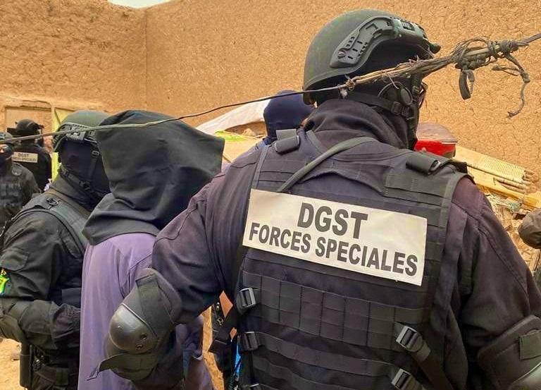 Que vive donc notre Police !